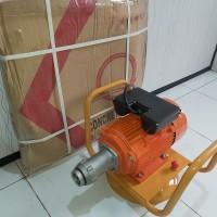 electro motor vibrator merk Robotech selang 4m