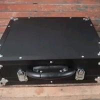 Hardcase Efek Gitar Ukuran 42 x 35 x 13 cm