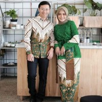 SIMIFASHION couple kebaya set tille brokat dan kemeja batik panjang 3
