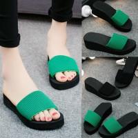 Wanita sandal sandal pantai sandal jepit kolam Indoor sepatu musim