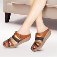 Sandal Wedges Wanita Mulan 1123 Tan
