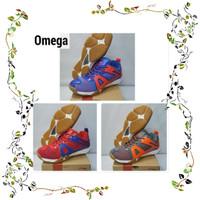 Special Sepatu Badminton Lining Omega Original berkualitas