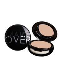 Make over perfect cover two way cake spf 15 netto 12 g
