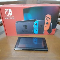 Nintendo Switch V2 HAC-001-01 Tablet Only