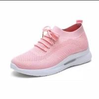Sneakers wanita terbaru kekinian