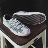 sepatu vans authentic motif koran sepatu sneakers trendy hangout murah