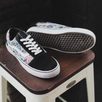 Sepatu Pria Vans Oldskool Varian Logo Sneakers Murah Original