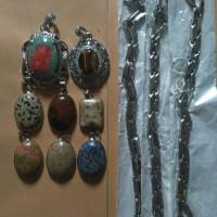 Batu liontin dan kalung stainless