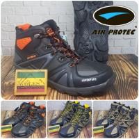 Sepatu Gunung / Sepatu Hiking Air Protec Adventure Waterproof
