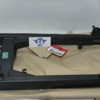 SWING ARM REVO ABSOLUTE BLADE ORIGINAL AHM 5210A-KWW-A40 Roc 434