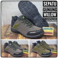 Sepatu Gunung / Sepatu Hiking WILLOW CROSSOVER