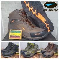 Sepatu Gunung / Sepatu Hiking Air Protec Offroad Yellow Waterproof