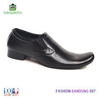 Sepatu pantofel pria model lancip sepatu formal kulit asli terbaru