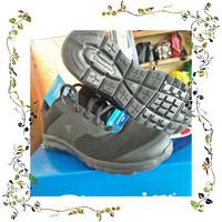 jual champion ladies running n life style shoes orginal Berkualitas