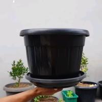 pot bunga plastik hitam GRACE 35cm kuping &tatakan bawah