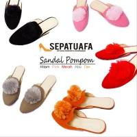 Sandal Flat Shoes Wanita Pompom- Pink