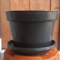 pot bunga plastik HITAM 30cm &tatakan bawah