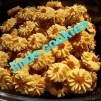 kue kering semprit selai nanas / cookies / kuker semprit selai nanas