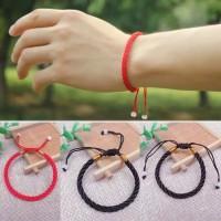 Gelang Keberuntungan Rajut Adjustable Warna Merah/Hitam/Coklat