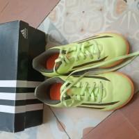 Preloved/Used Sepatu futsal anak Adidas F5