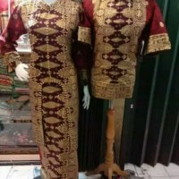 couple batik songket