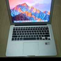 OBRAL .. MACBOOK AIR 11 INCH 2014 ..INTEL CORE I5 ..SSD 128...MULUSS