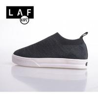 Sepatu Anak Laki-Laki Sneakers Slip On Ringan Hitam Putih LAF Kids
