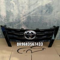 Grill Toyota Fortuner VRZ TRD