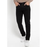 TRIPLE Celana Panjang Slim Fit (304 828 BLK) - Black