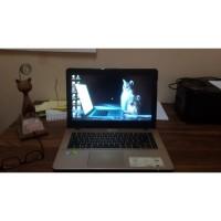 Laptop Asus Vivobook A442U Core i7 - 8550U