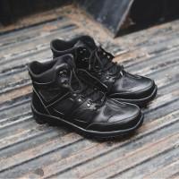 Sepatu Pria Crocodile Endure Hitam Sepatu Boots Safety Ujung Besi