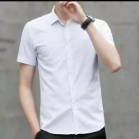 baju kemeja lengan pendek pria slimfit putih polos
