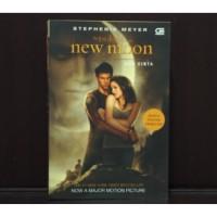 """New Moon """"the Twilight Saga"""" - Stephenie Meyer"""
