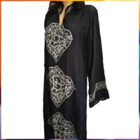 Black pattern white blouse