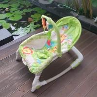 Fisher Price Newborn-to-Toddler Rocker (Rainforest) - USED / bouncer