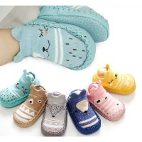 Prewalker Anti Slip Karakter Animal Cute, Fashionable Sepatu Bayi Boot