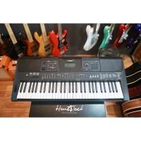Yamaha e463 Keyboard