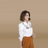 Kakuu Basic - Lace Up Embroidery Blouse
