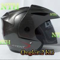 Helm LTD Super Avent warna abu kilat.Bukan Helm Zeus.Bukan Helm KYT.