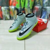 sepatu futsal Nike Mercurial boots sol gerigi terlaris terbaik termu