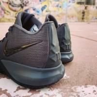 Nike Kyrie Flytrap Basket Ball AA7071008 Original