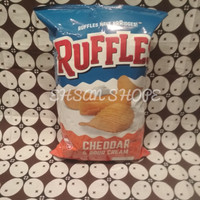 Snack Ruffles cheddar & Sour cream | chesse | keripik kentang 184 Gr