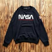 SWEATER CREWNECK NASA HITAM