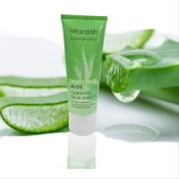 Wardah Nature Daily Aloe Hydramild Facial wash 100 ml