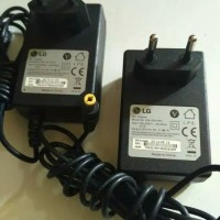 Adaptor laptop Charger LG 12V 2A Universal