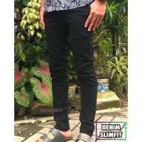 celana jeans panjang slimfit warna hitam pria