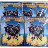 Terpopuler ! READY STOCK +POSTER MAGAZINE WayV Mens Uno Young Q