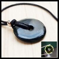 Liontin Koin Batu Giok Hitam Black Jade Asli Natural Plus Kalung