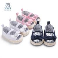 Hws Sepatu Sandal Canvas Prewalker Bayi Perempuan Motif Polkadot