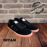 Sepatu Sneakers Kasual Pria Adidas Hamburg Man Untuk Cowok Grade Ori